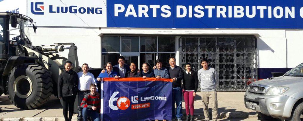 Inauguración de Centro de Ensamblaje y Distribución de Liugong en Santiago del Estero.